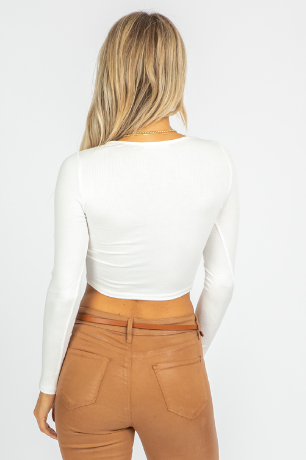IVORY RUCHED BUST LONGSLEEVE CROP