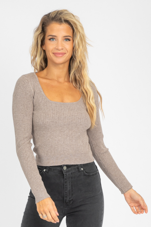 KNIT SQUARE NECK CROP IN MOCHA