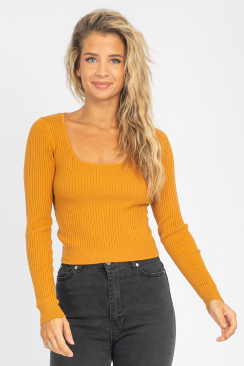 KNIT SQUARE NECK CROP IN MUSTARD