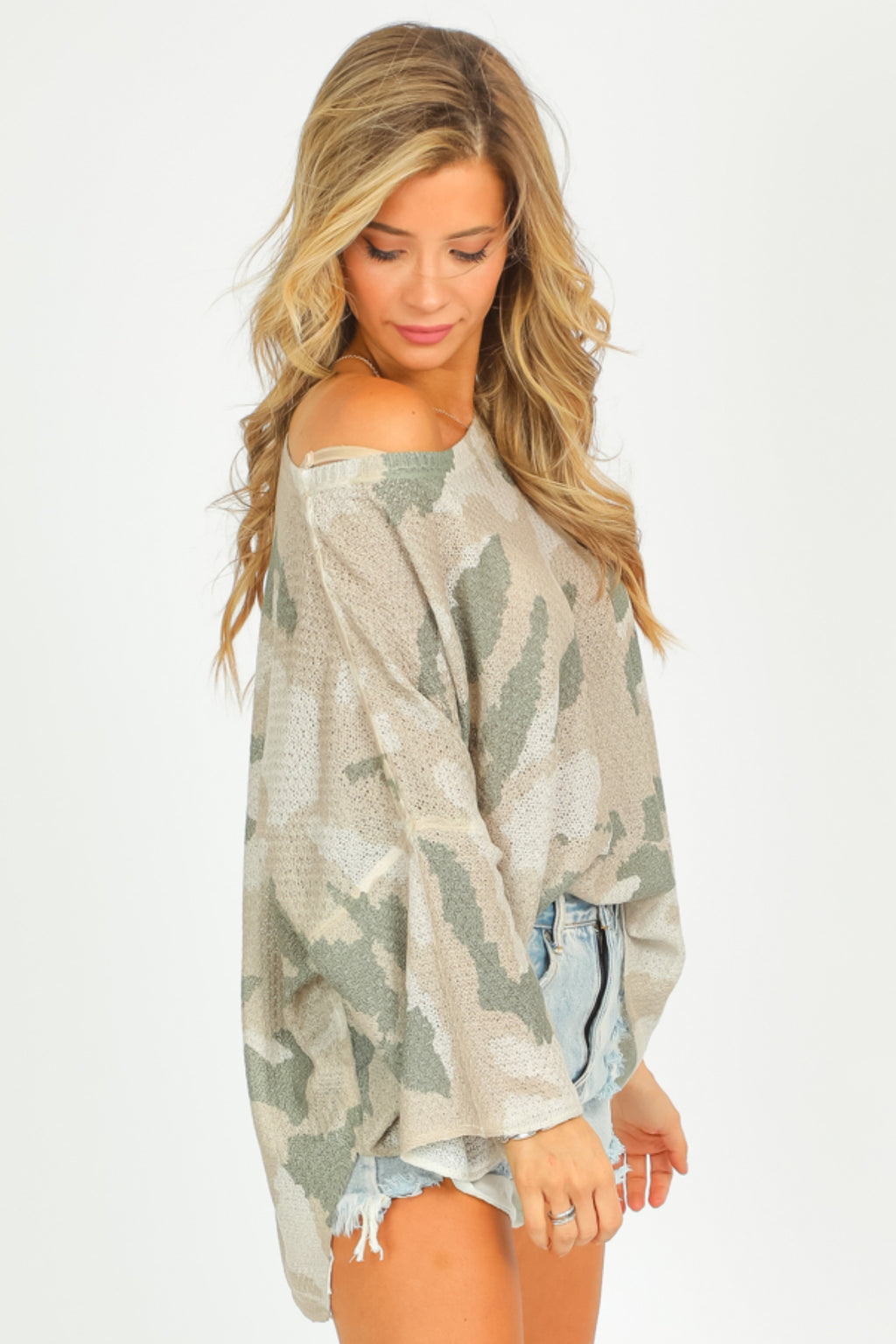 NEUTRAL CAMO LIGHTWEIGHT KNIT