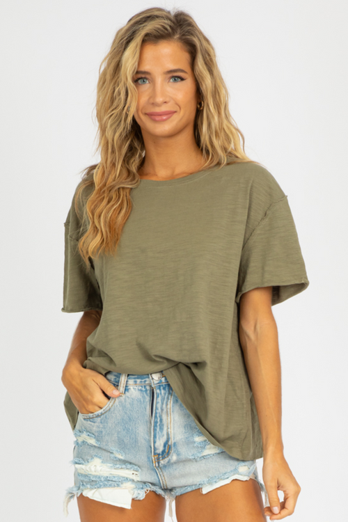 OLIVE WASHED OVERSIZED TEE