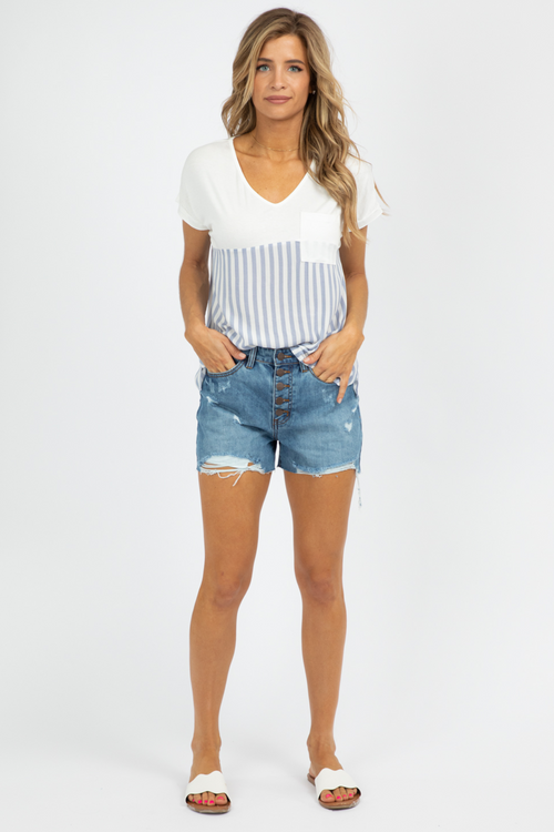 MULTI-BUTTON DENIM SHORTS