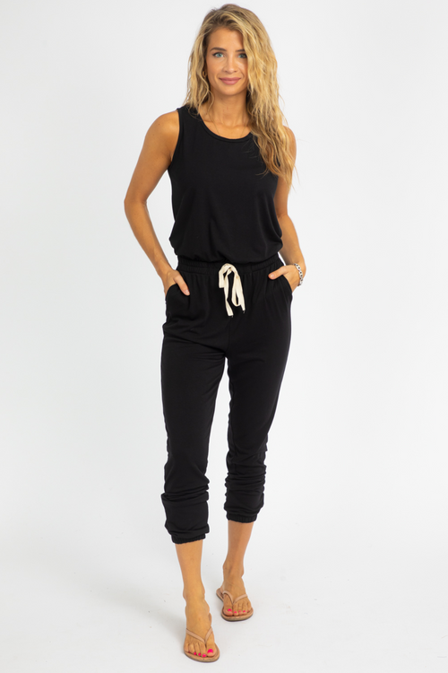 BLACK SLEEVELESS KNIT JUMPSUIT