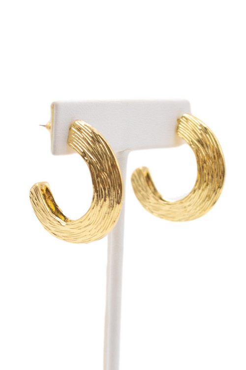 GOLD TEXTURED STUD HOOP
