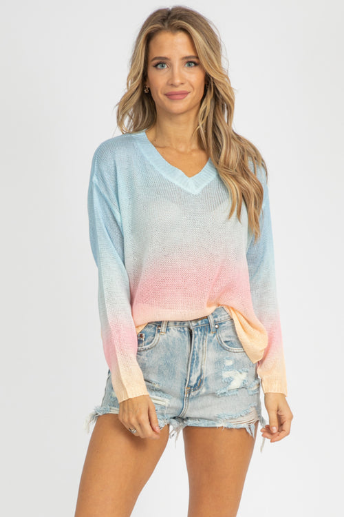 BLUE GRADIENT KNIT SWEATER