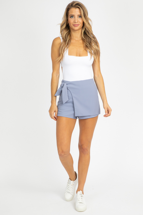 BLUE SIDE TIE SKORT