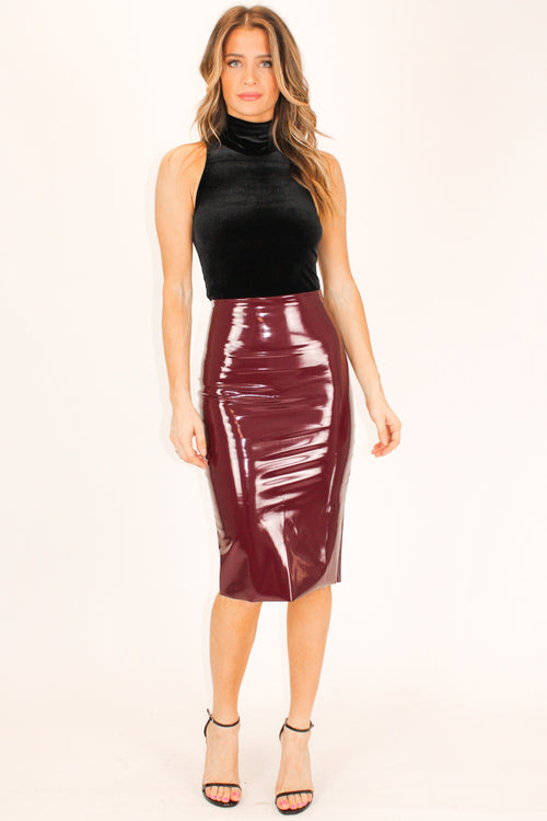 COMMANDO BURGUNDY FAUX PATENT LEATHER MIDI SKIRT