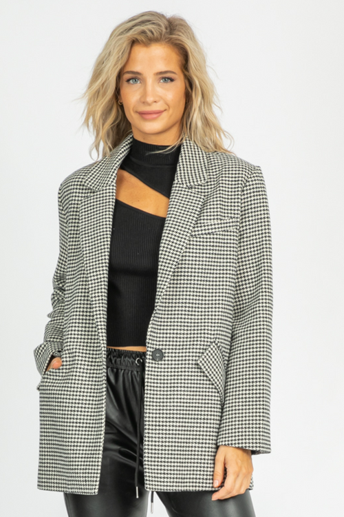 CREAM + BLACK HOUNDSTOOTH BLAZER