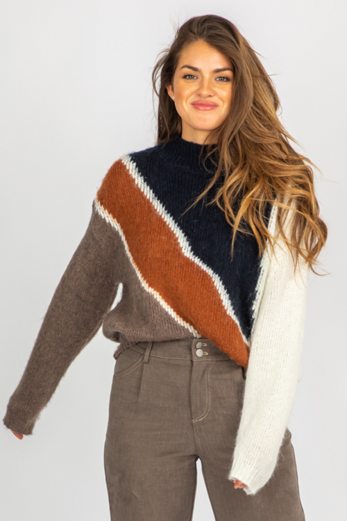 NAVY + RUST DIAGONAL COMBO SWEATER