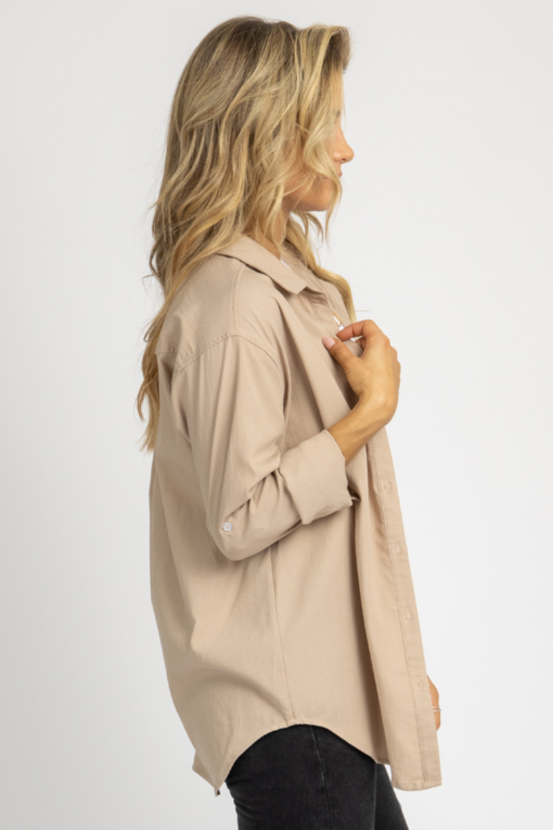 SAND LINENLIKE COLLARED TOP