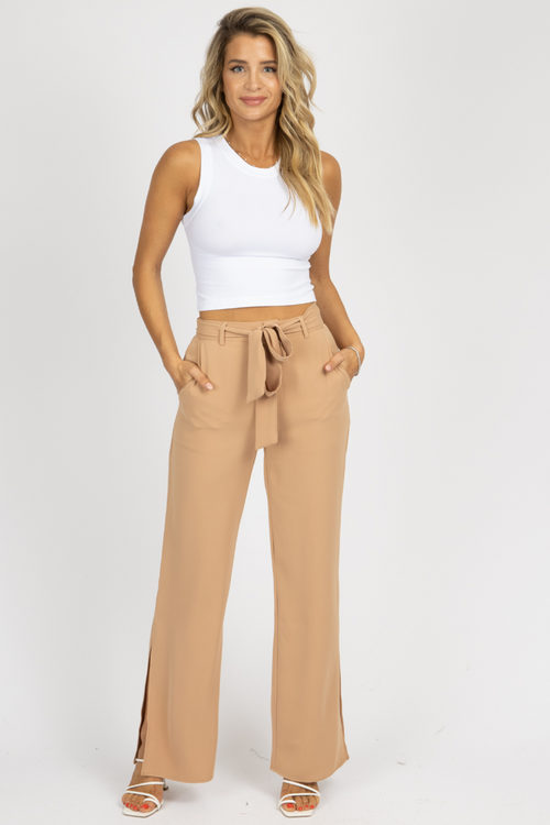 SAND SPLIT HEM BELTED PANTS