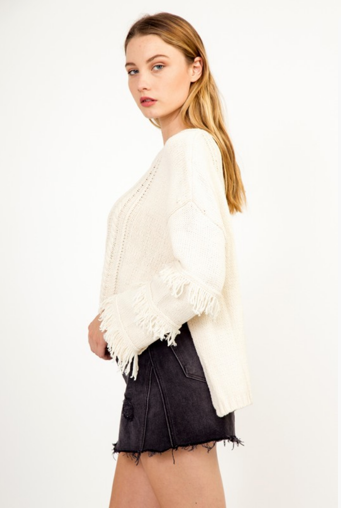 SWAY OF LIFE FRINGE SWEATER
