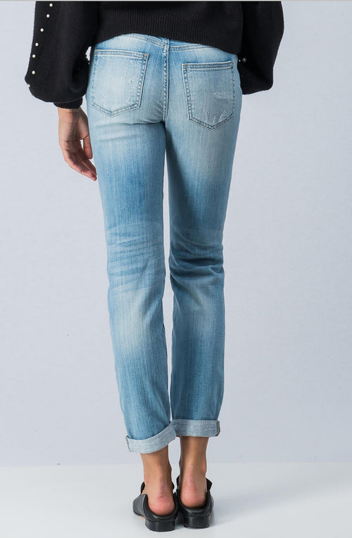 DISTRESSED ROLL UP BOYFRIEND JEANS