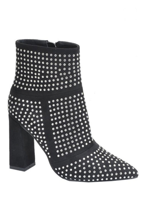 STUDDED BLACK BOOTIES