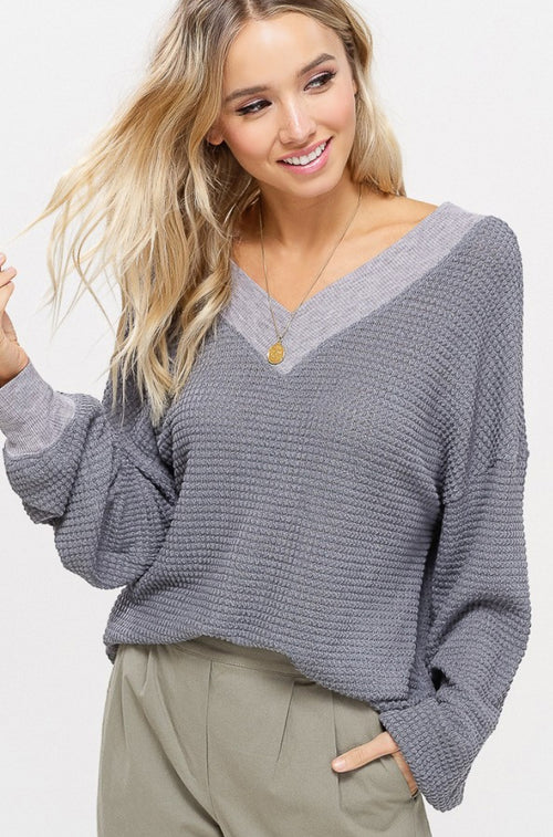 WAFFLED KNITTED TOP IN GREY