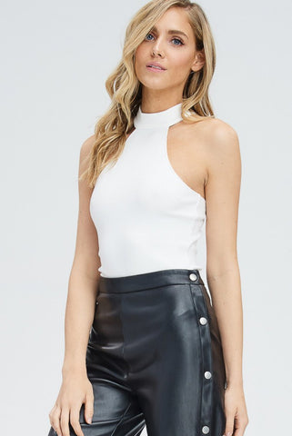 COMMANDO FAUX LEATHER SLEEVELESS BODYSUIT
