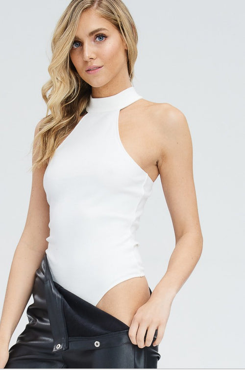 KNIT MOCK NECK BODYSUIT IN WHITE