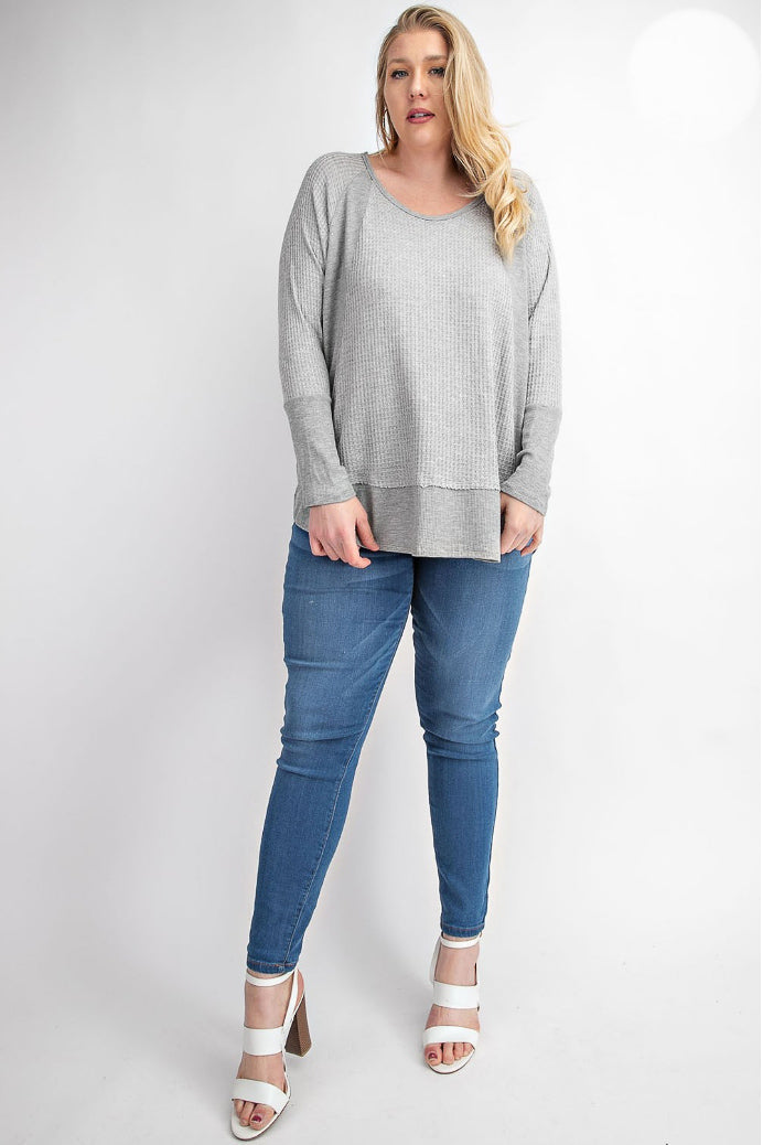 PLUS SIZE CUT HI-LO TOP IN GREY