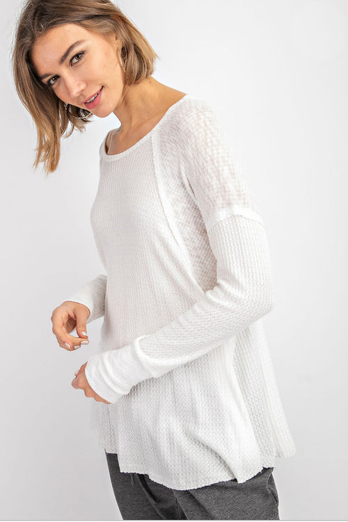 WAFFLE HENLEY TOP IN OFF WHITE