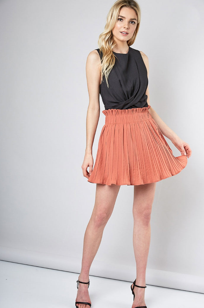 1326259fc PLEATED SKIRT IN BAKED PEACH – L'ABEYE