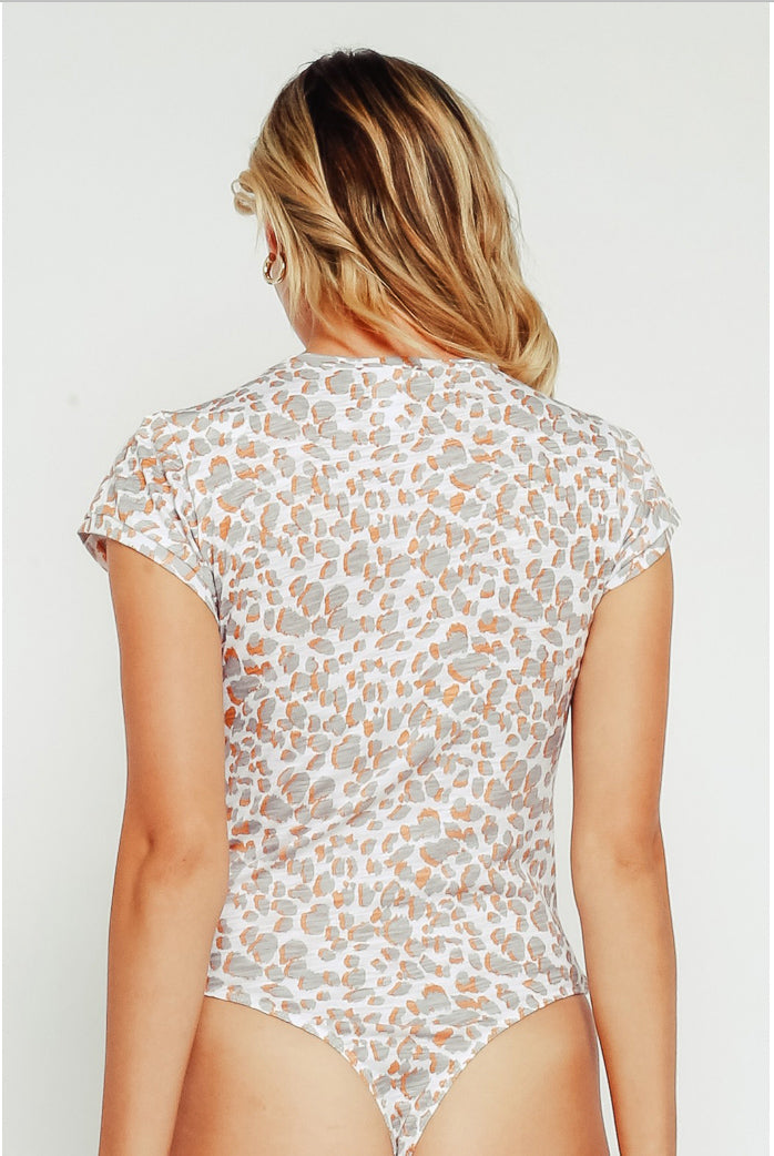 ORANGE LEOPARD BODYSUIT TEE