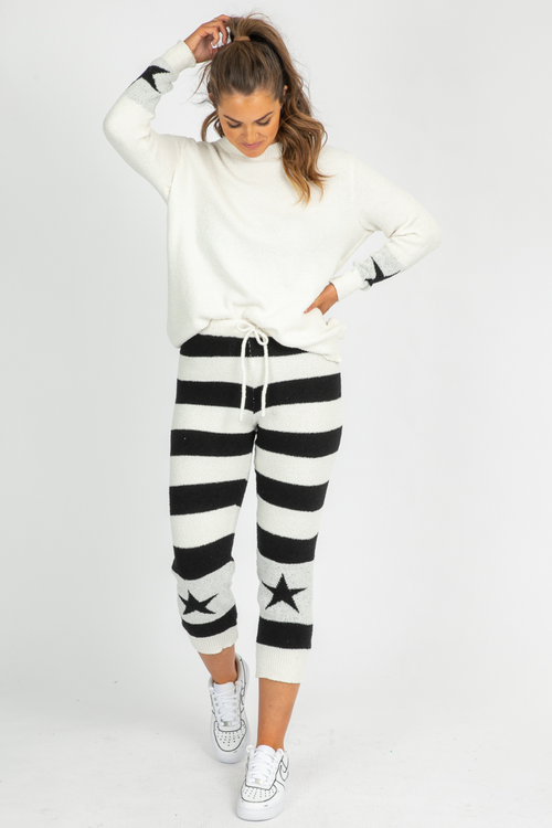 B+W STRIPED STAR SET