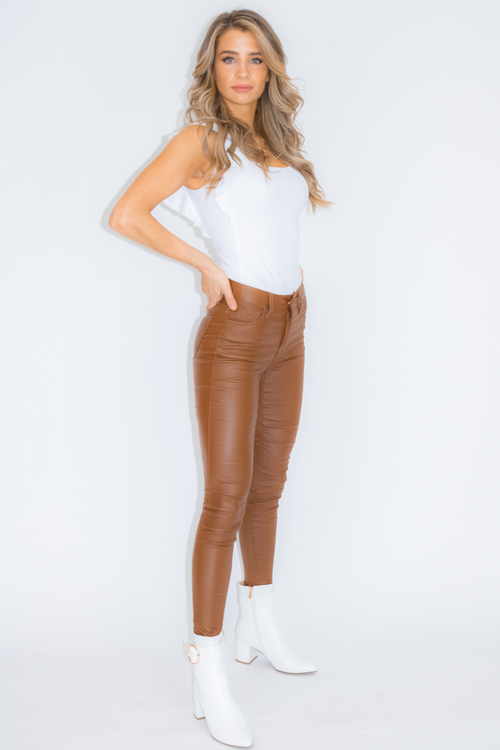 CAMEL COATED PANTS