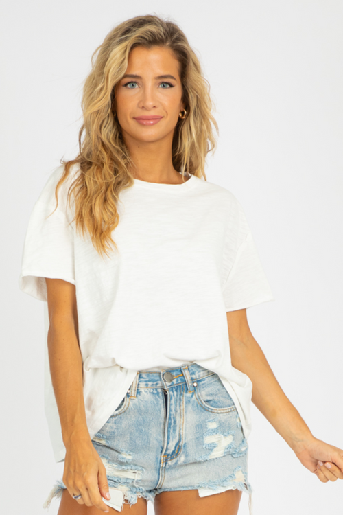 WHITE WASHED OVERSIZED TEE