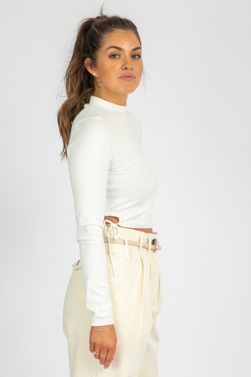 WHITE SIDE CUTOUT KNIT TOP