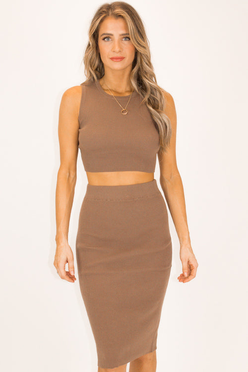 TAUPE RIBBED CROP TANK