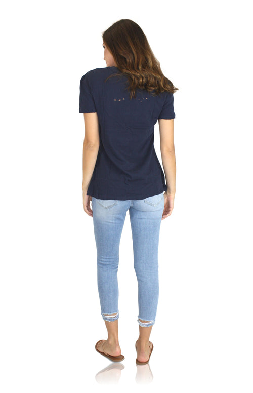 DISTRESSED TEE IN NAVY