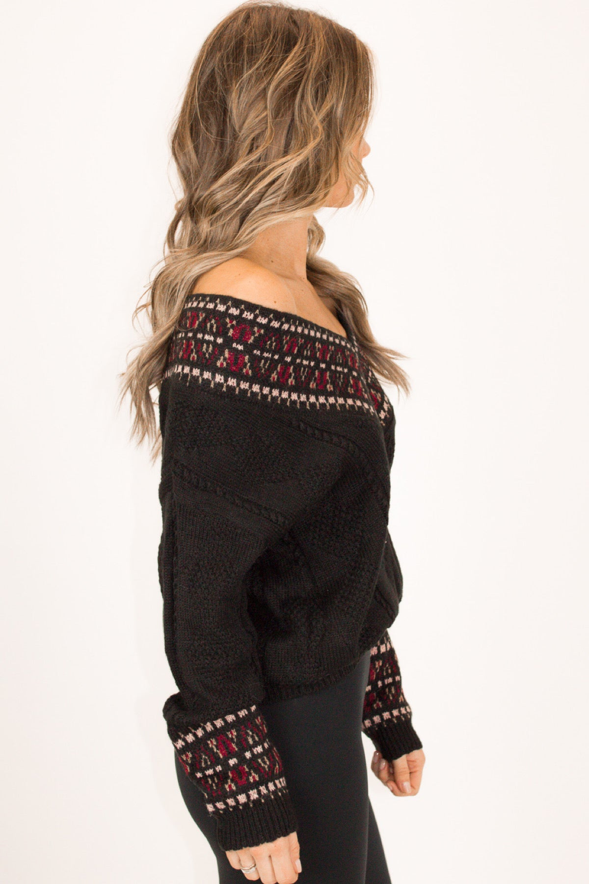 MULTICOLOR PATTERNED SWEATER