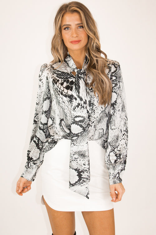 GREY SNAKESKIN TIE FRONT TOP