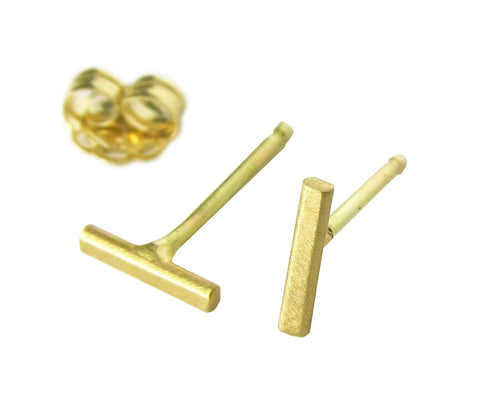 14k Yellow Gold Minimal Line Stud Earrings