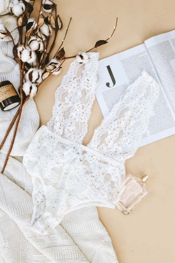 Dusk White Lace Bodysuit