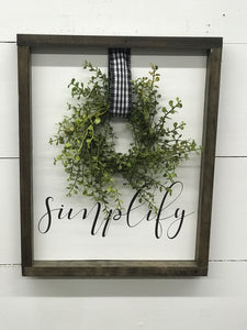 Simplify Wreath Sign