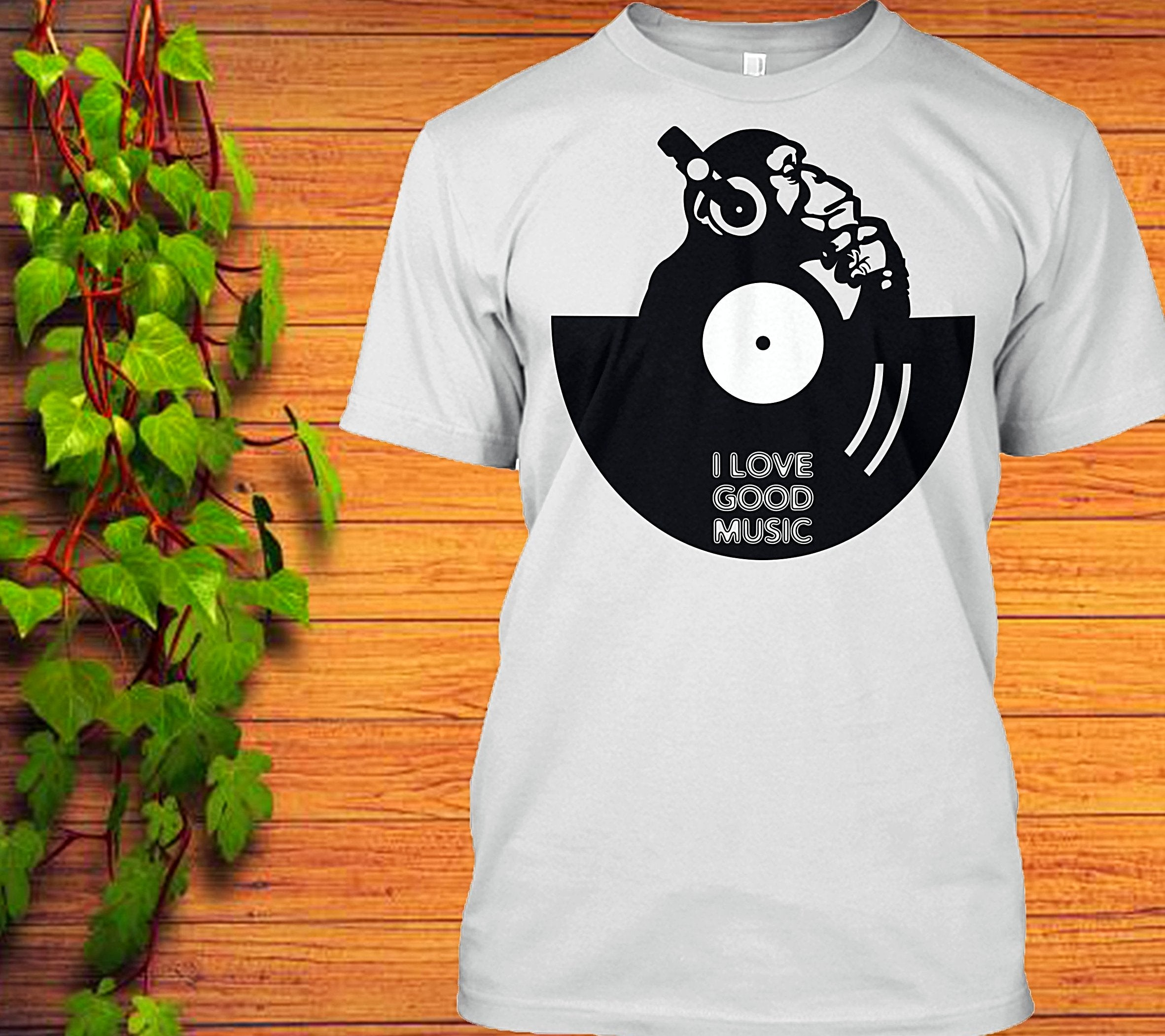 I Love good music monkey T-Shirt