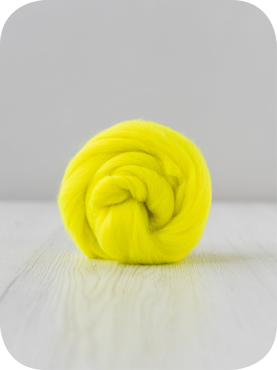 Extra fine merino (about 19 microns) wool tops/roving (Electricity). DyeingHouseGallery DHG