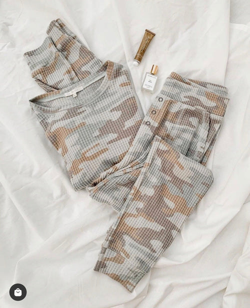 Soft Camo Shirt and Sweatpants Set
