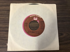 Gladys Knight and the pips Better you go your way & Love finds its own way 45