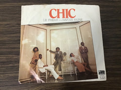 Chic Le Freak & Savior faire 45