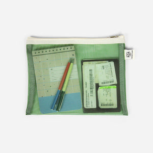 products/mesh-pocket-green-pencil-cases-papier-tigre-nota-poca-4.jpg