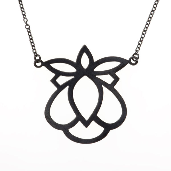Alba Necklace