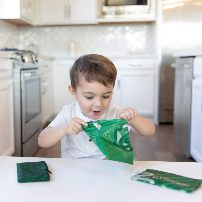 products/bumkins-reusable-sandwich-snack-bags-3-pack-slytherin-yum-kids-store-child-toddler-play-755.jpg