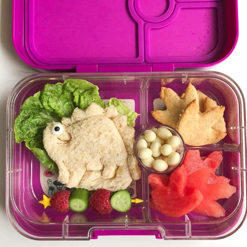 products/lunch-punch-pairs-cutters-dinosaur-sandwich-cutter-yum-kids-store-meal-dish-cuisine_544.jpg
