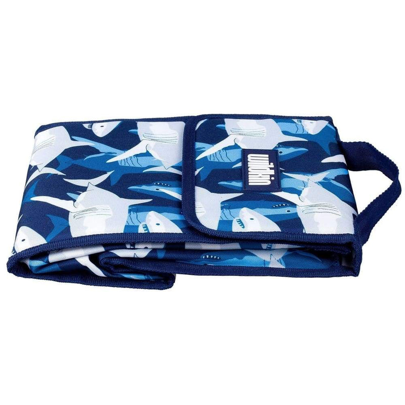 products/wildkin-insulated-lunch-bag-sharks-lunchbag-yum-kids-store-blue-electric_667.jpg
