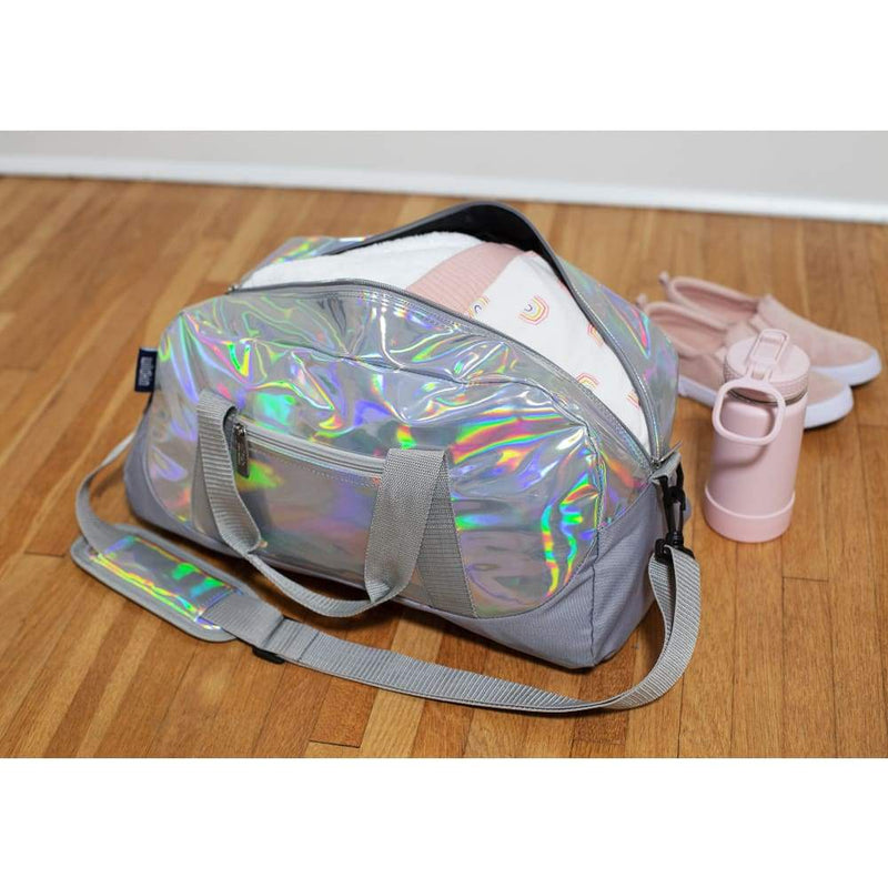 products/wildkin-overnight-duffle-bag-holographic-yum-kids-store-diaper-luggage-828.jpg