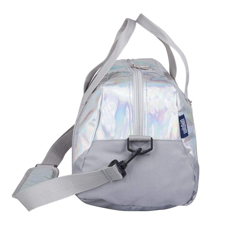 products/wildkin-overnight-duffle-bag-holographic-yum-kids-store-luggage-bags-176.jpg