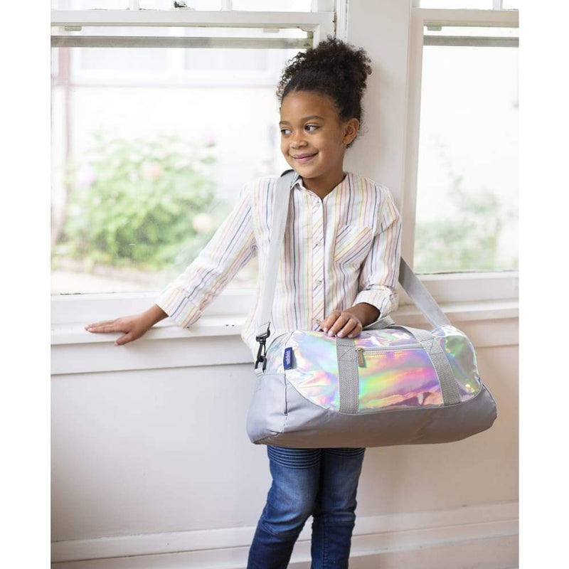 products/wildkin-overnight-duffle-bag-holographic-yum-kids-store-white-shoulder-656.jpg