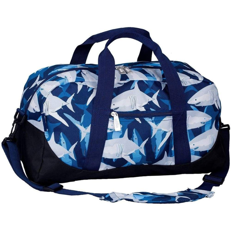products/wildkin-overnight-duffle-bag-sharks-yum-kids-store-blue-electric_536.jpg